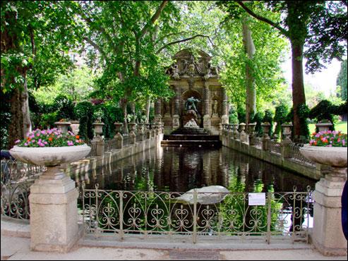 parijsmijnstad-luxembourg-fontein